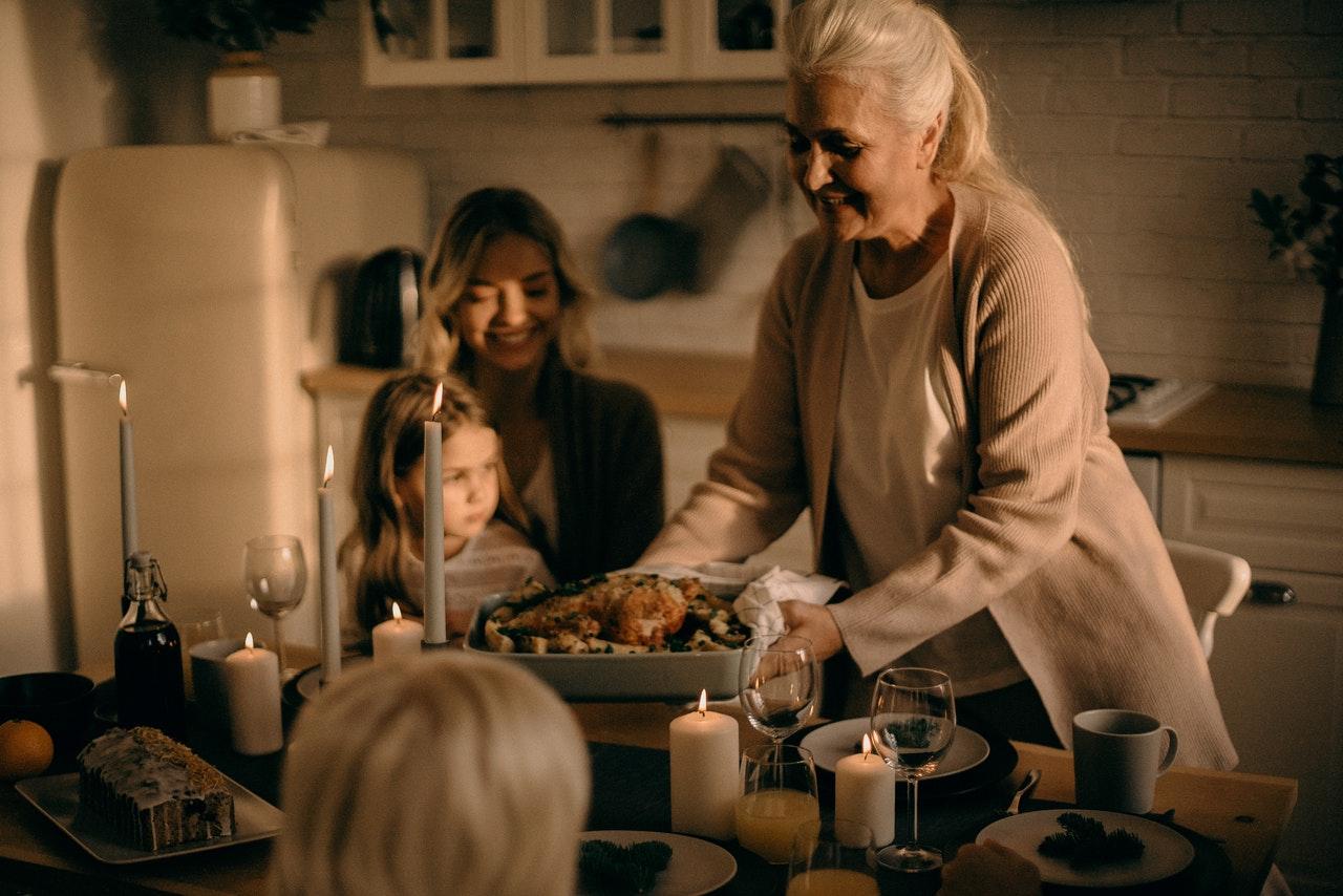 A Phil Fischer Devotional: Thanksgiving - Jesus Lives